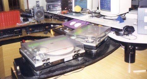 Storia di Radio Gioiosa Marina, anno 1990, dischi, piatti, 33 giri